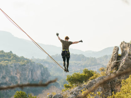Анталія: скелі та кемпінг
