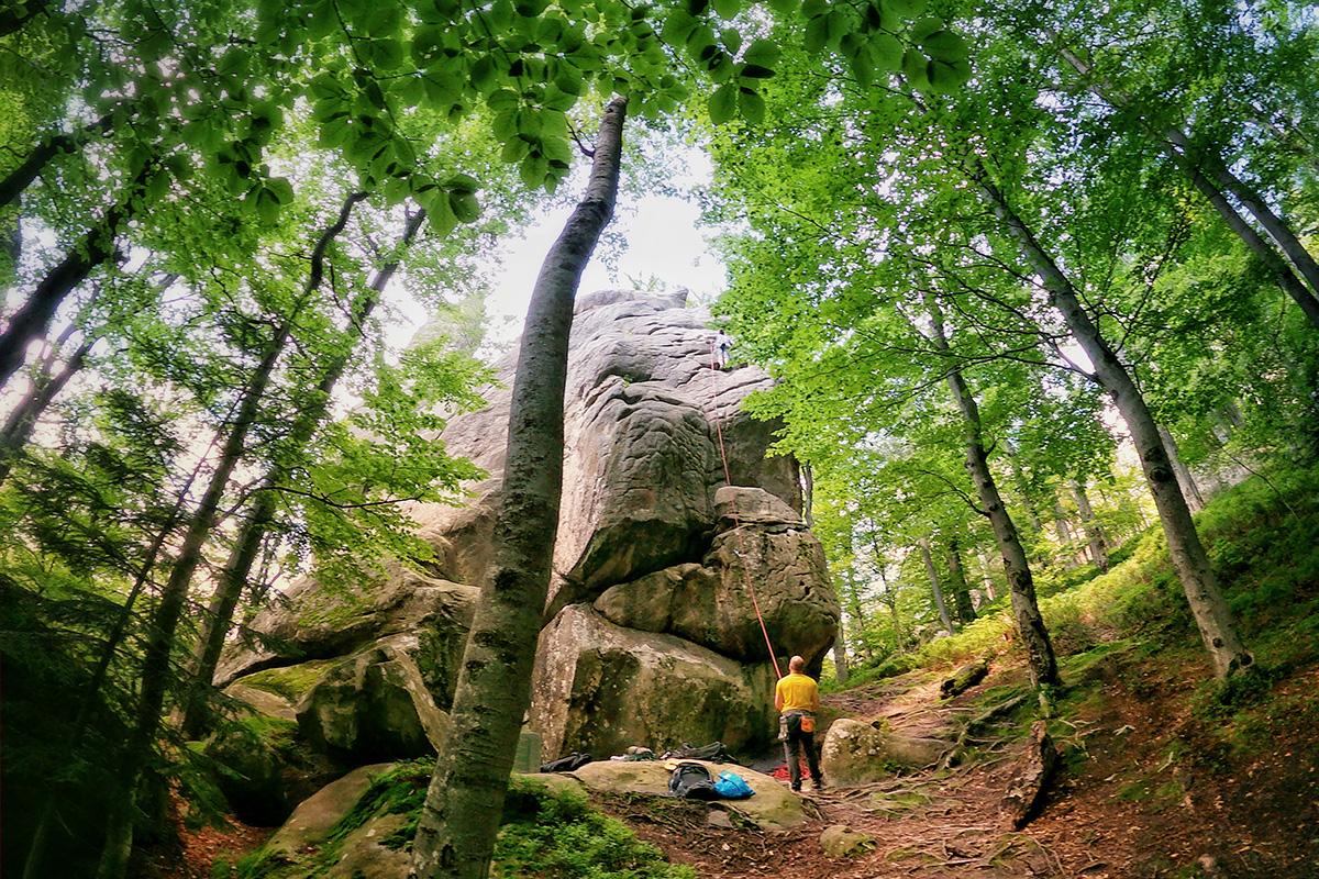 Скелі Довбуша скелелазіння