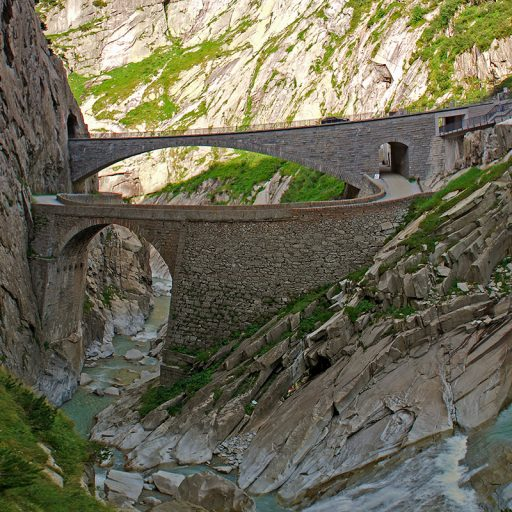 Чортів Міст, Швейцарія