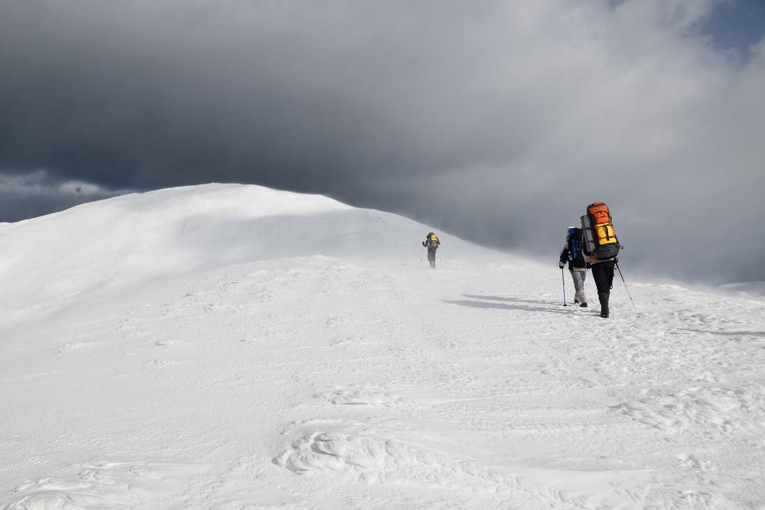 Зимовий похід в гори, Петрос