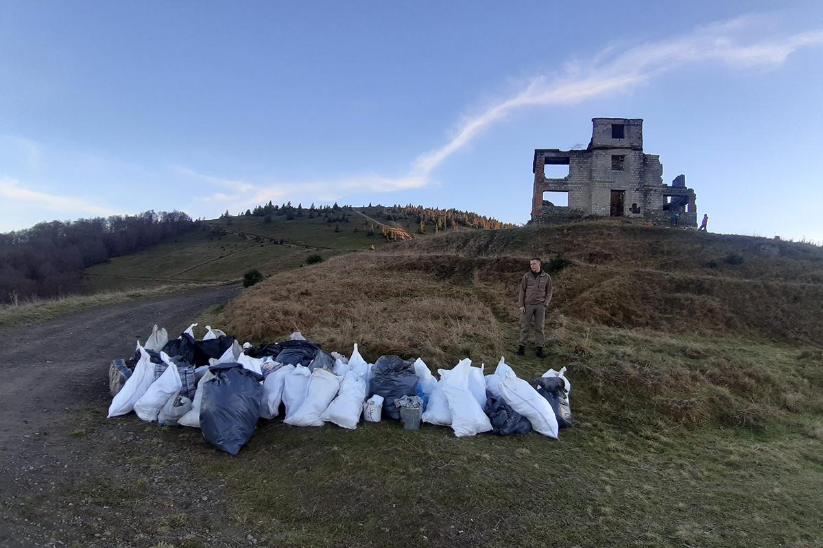 Гірська спільнота, екомандрівка